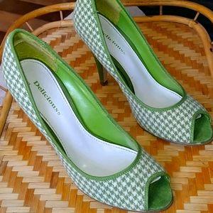 Delicious Green Houndstooth Open Toe Heels